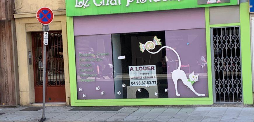 Location local commercial Nice rue Barla