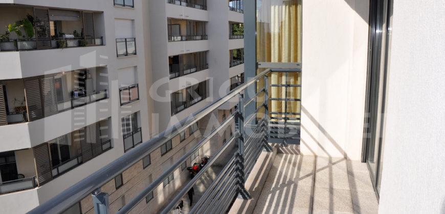 Location appartement 2 pièces Nice avec parking
