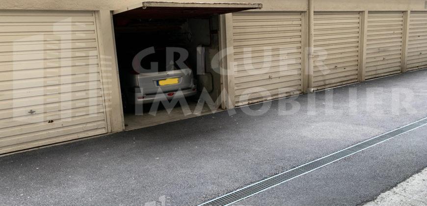 Vente garage Nice musiciens