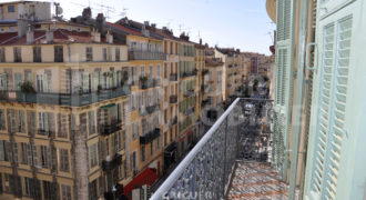 Location 4 pieces avec parking centre ville de Nice