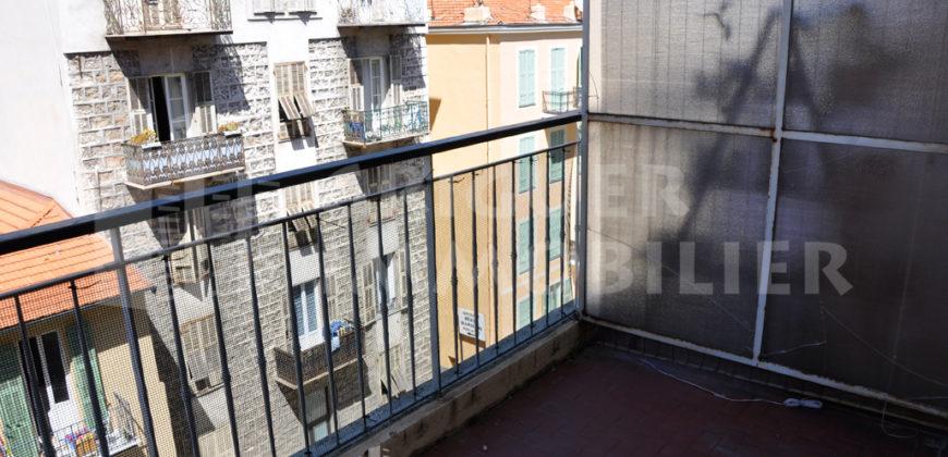 Location studio avec terrasse Nice