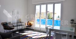 Location studio meublé entièrement rénové Nice Port