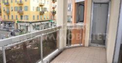 Location studio de 33 m² avec terrasse Nice quartier du port
