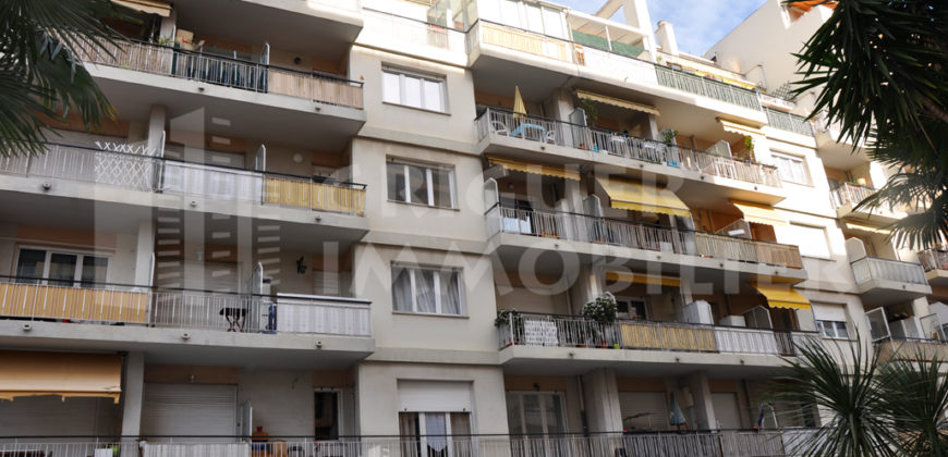 Location studio avec balcon Nice  Cessole / St Sylvestre