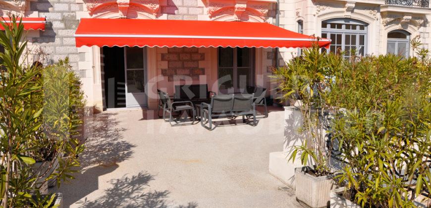 Vente 4 pièces 180 m²,quartier Cimiez Nice dans ancien Palais Belle Epoque