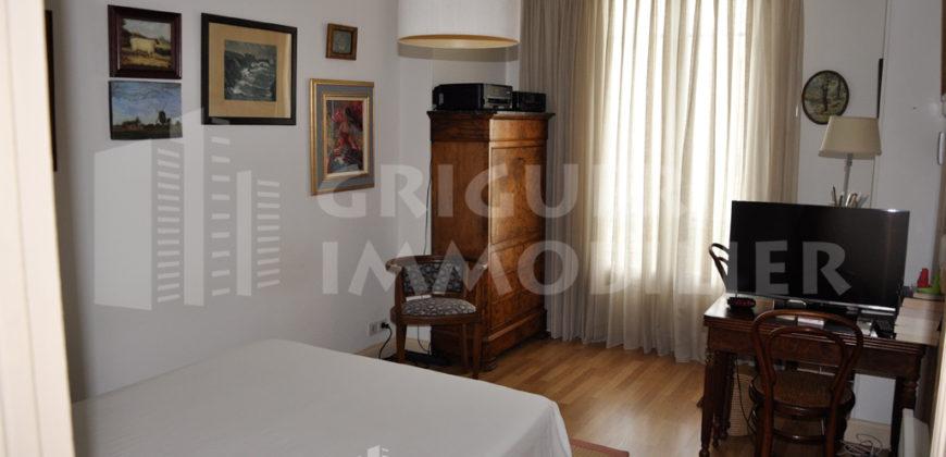 Vente appartement 5/6 pièces 114 m² dans palais Niçois proche Negresco