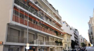Location local professionnel 2 pièces quartier Musiciens Nice